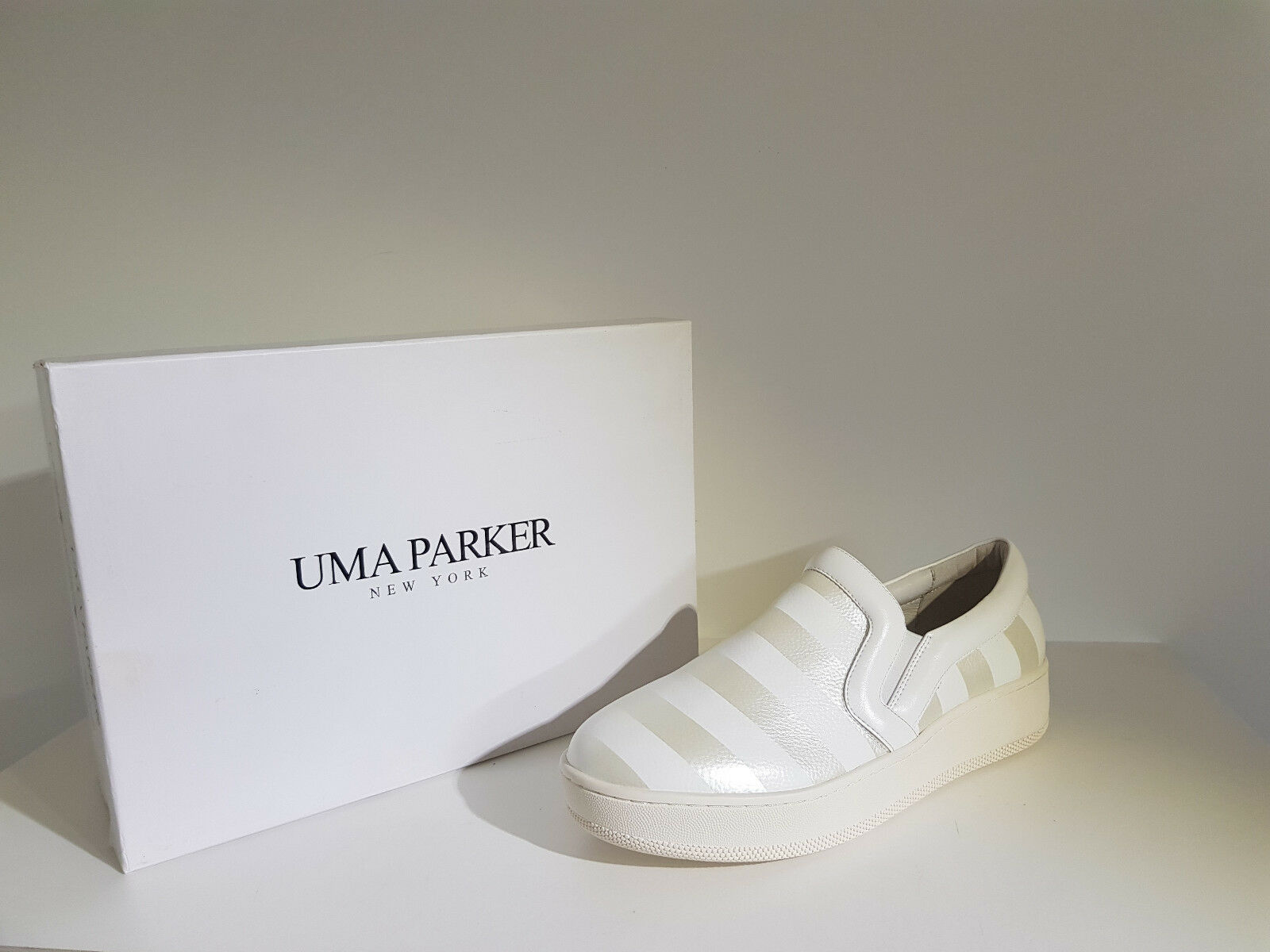 Woman Sneakers Uma Parker discount. -65 % Art.1688-7 Col.Bianco