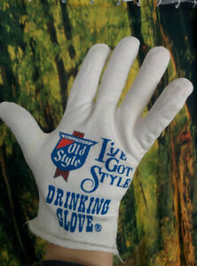 Weird-I-039-VE-GOT-STYLE-SINGLE-DRINKING-GLOVE-Heileman-039-s-Old-Style-Beer-Promo-Item