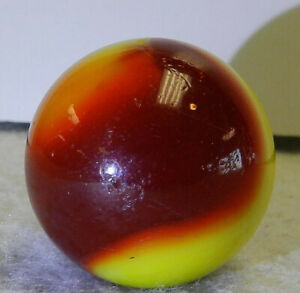 #10567m Vintage Akro Agate Corkscrew Shooter Marble .99 Inches