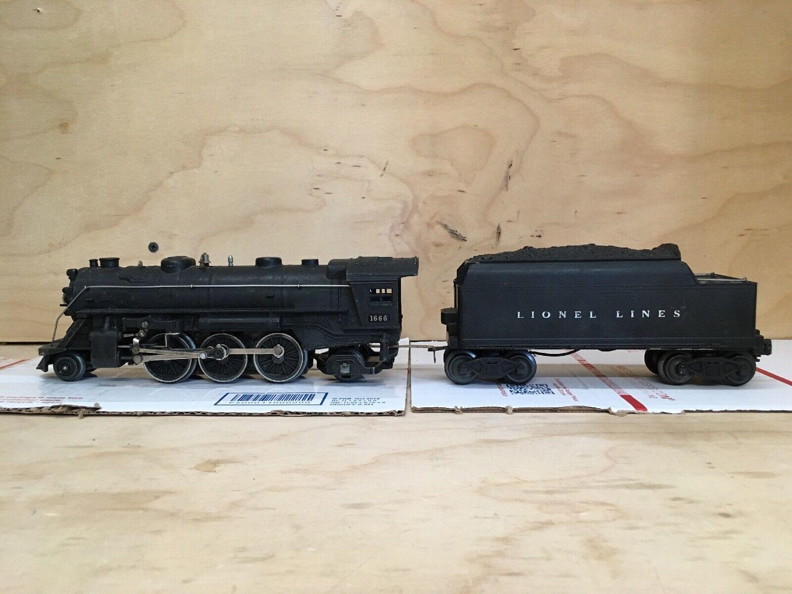 Lionel pre war No.1666 Engine w  No. 6466WX Whistle Tender. Restored & Running.