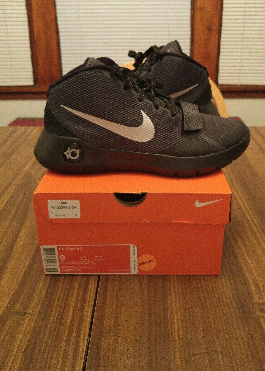 The most popular shoes for men and women Nike KD TREY 5 III Comfortable