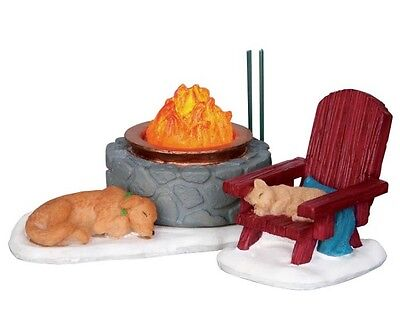 New Lemax Figurines 24497 Lodge Fire Pit Set Of 2 Battery-Operated 4.5 V