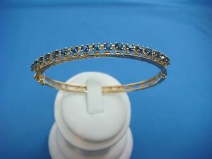 !VINTAGE 14K SOLID YELLOW GOLD BANGLE ENGRAVED BRACELET WITH SAPPHIRES