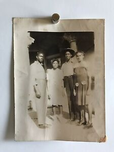 Americana-African-American-Farm-Family-Siblings-Photo-Black-White-1920s-W27