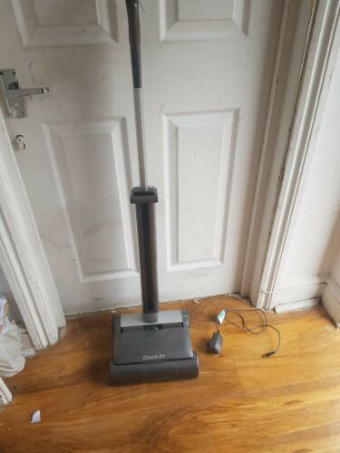 GTECH AIR RAM 22V CORDLESS VACUUM CLEANER DM001 AR02 SILVER GREY TESTED WORKING