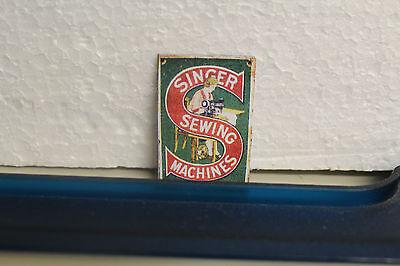 Maison de Poupées Métal Signe Jones machines à coudre