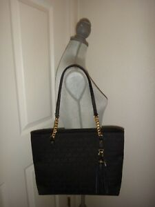 9ea28545f8a3 MICHAEL KORS EW Tassel Chain Tote Black Zip Bag MK Signature ...
