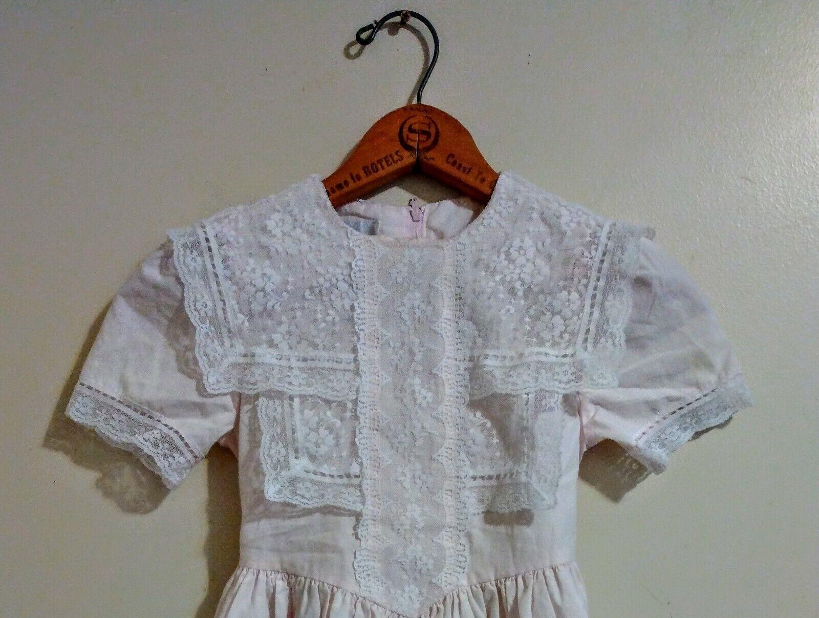 Childs Gunne sax dress light pink lace ruffled Gi… - image 3