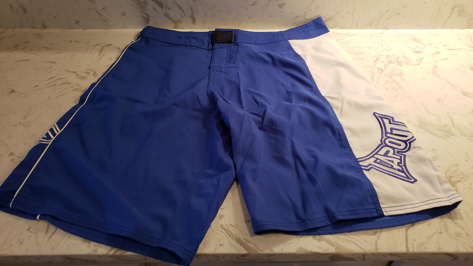 NEW Official  bluee TAPOUT MMA X Roy Board Short Size 36 Ultimate Fighting UFC  free delivery