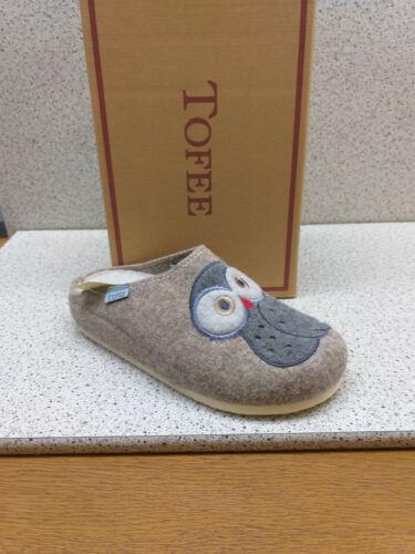 T70 Tofee ® reduziert  Eule Wollfilz grau Naturform