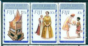 PERSONNAGES-SILVER-JUBILEE-Queen-Elizabeth-II-FIJI-1977
