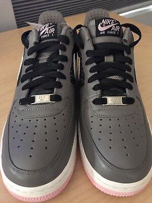 NIKE AIR FORCE 1 FLEUR DE LIS Size 9 Sneakers AF 1 82 LOW Pink Gray 2007 ~New   eBay