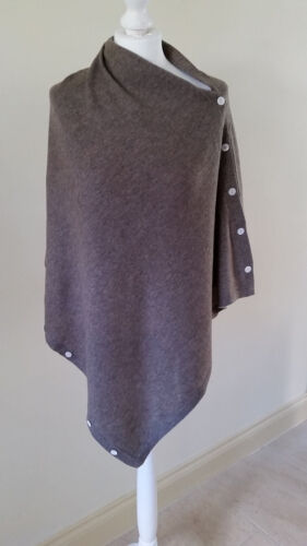 NEW 100/% Cashmere Fine knit Beige Button Down Poncho Wrap From Nepal UK seller