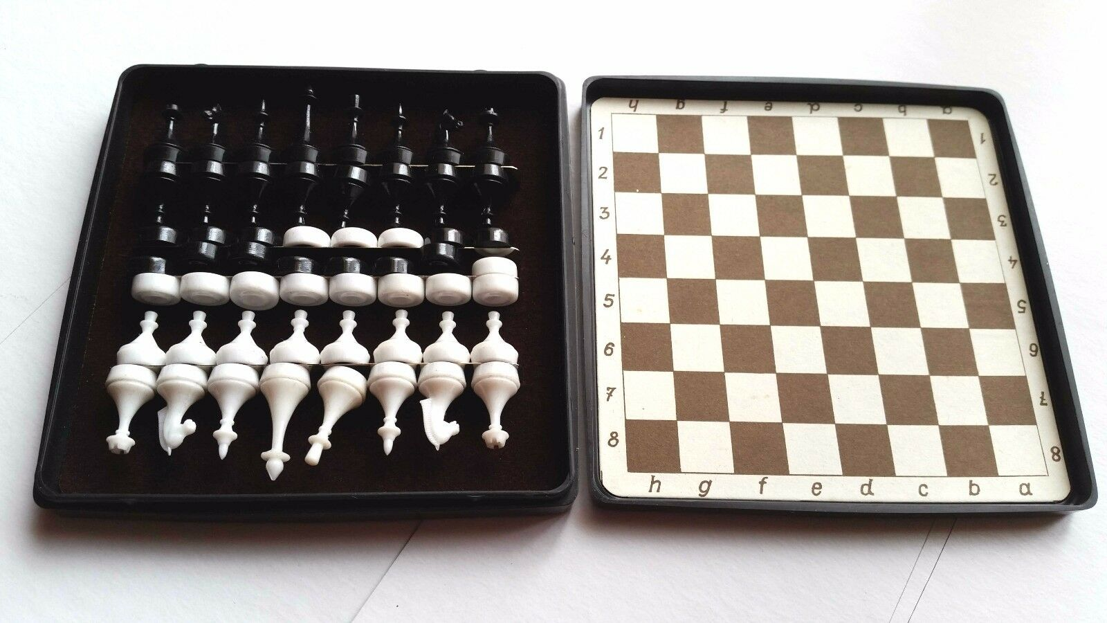 1985 Vintage USSR Ukraine Travel Pocket Magnetic CHESS & CHECKERS in Box