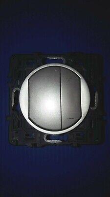 Manette simple pour interrupteur bipolaire à voyant Legrand Céliane titane 68323