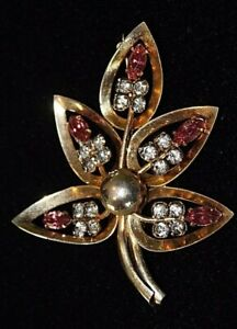 Gold-Leaf-Pin-Brooch-Prong-Set-Clear-amp-Pink-Rhinestones-Vintage-to-Antique