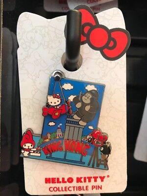 UNIVERSAL STUDIOS Hello Kitty Jurassic Park collectible Pin