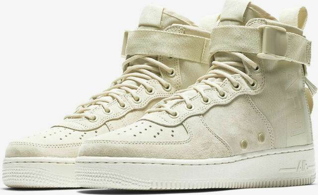 Nike W SF Air Force 1 MID Fossil