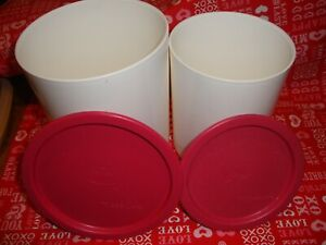 Lot-2-Vintage-Tupperware-Pink-Lid-White-Container-2422A-2420A-VGUC-291