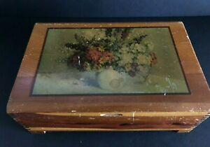 FREE SHIPPING!! Vintage Trinket or Jewelry Box With Hinged Lid