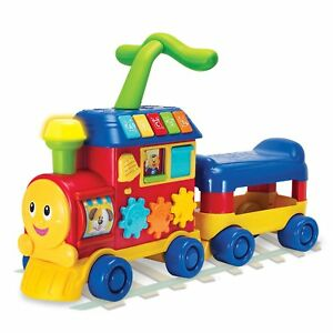 Walker-Ride-On-Learning-Train