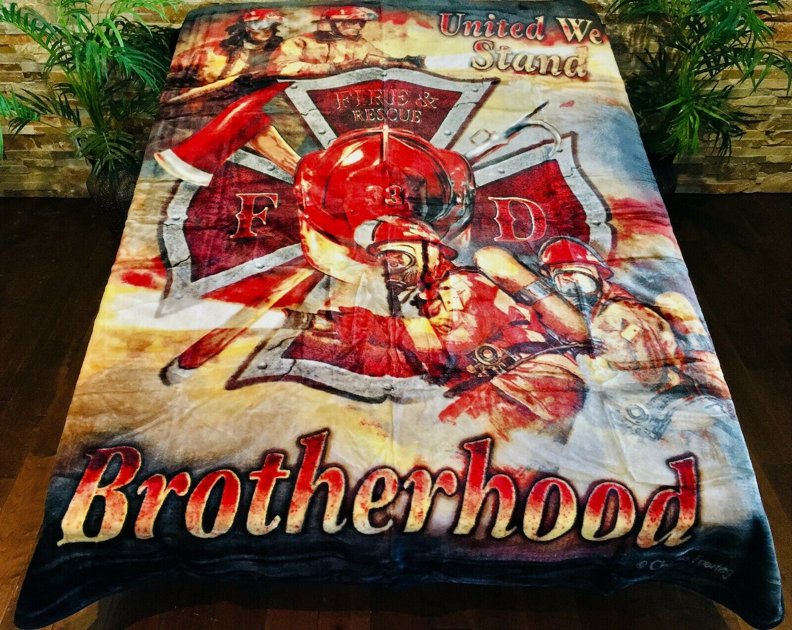 ☀️New 79x96 Luxury MEDIUM Weight Queen Blanket Fireman Firefighter Maltise cross