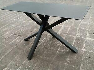 Gambe in ferro asimmetriche incrociate per tavoli finitura - Gambe in ferro per tavoli ...