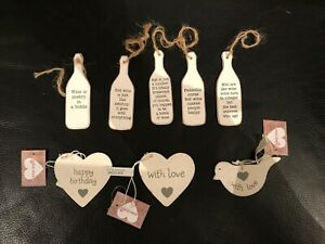 SHABBY-CHIC-WOODEN-GIFT-TAGS-TOKENS-HEARTS-BIRDS-BOTTLES-HUMOROUS