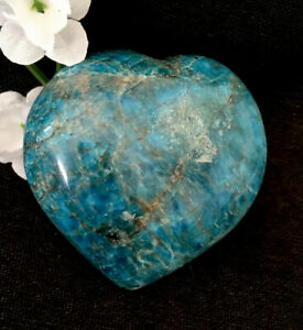 240g-LARGE-POLISHED-BLUE-GREEN-APATITE-CRYSTAL-HEALING-HEART-Reiki-NORWAY