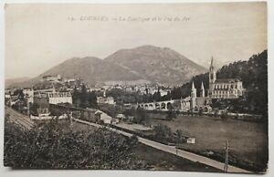 812-Ancienne-Carte-Postale-lourdes-la-basilique-et-le-Pic-du-Jer