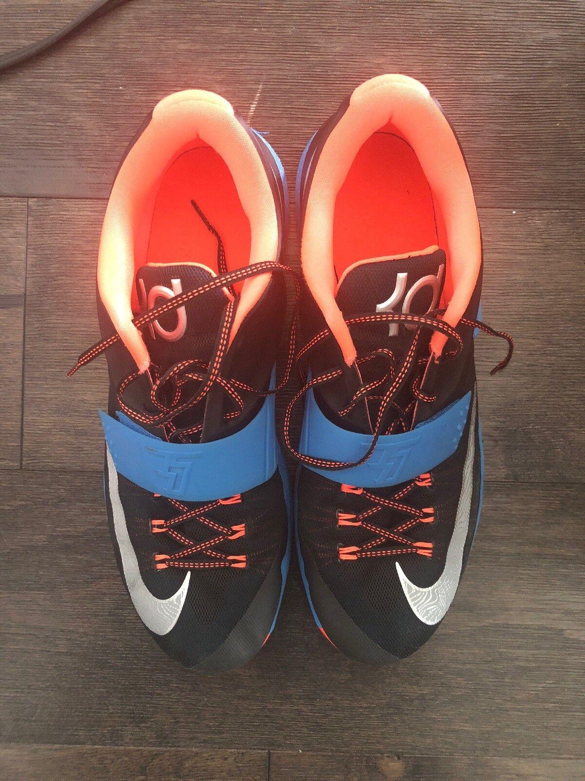 Nike Kobe Basketball shoes. Black bluee.  Size 15