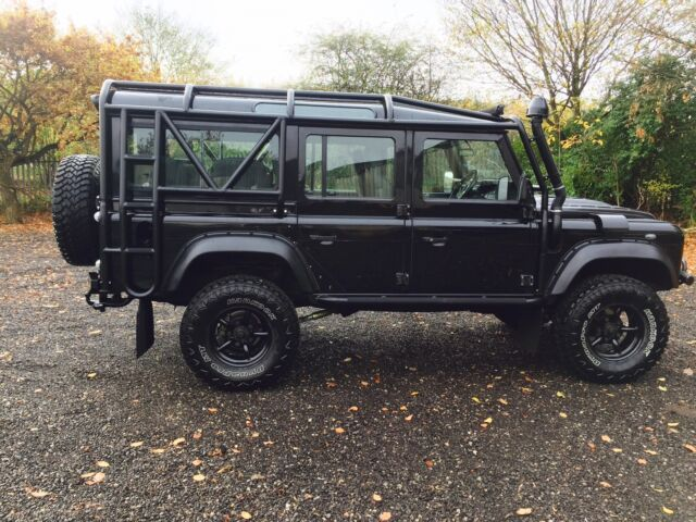 land rover defender 110 csw aesthetics roll cage 48mm. Black Bedroom Furniture Sets. Home Design Ideas
