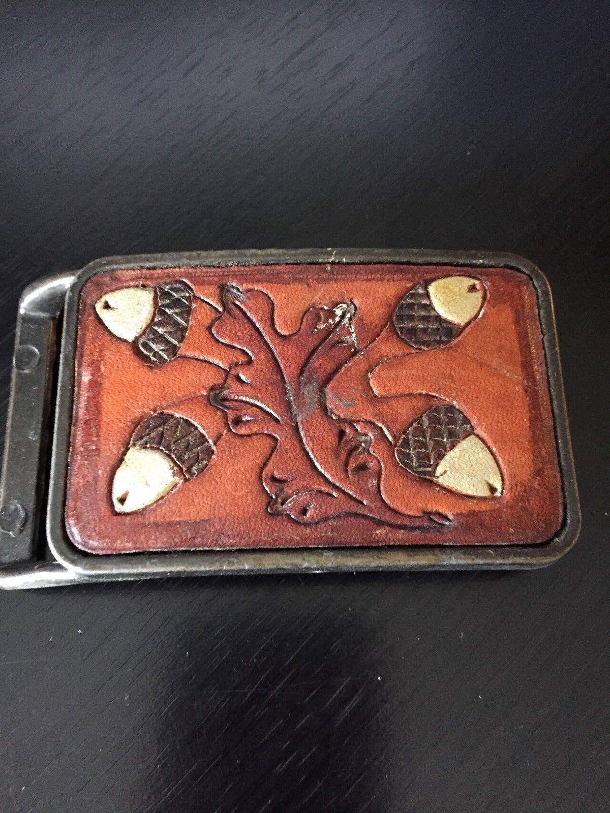 Acorn and Leave Belt Buckle Leather Integrated Loop Older Buckle
