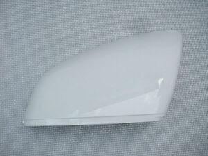 NEW-GENUINE-BENTLEY-BENTAYGA-LEFT-HAND-WHITE-WING-MIRROR-COVER-36A857537