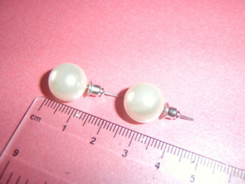 Earrings.. 1 Single Jewellery Item Faux Pearl or Mother of Pearl Theme Vintage