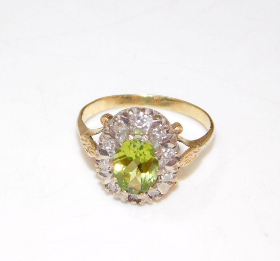 Vintage 9ct Yellow gold Oval Green Peridot Diamond sz 7 Princess Ring 5c 66