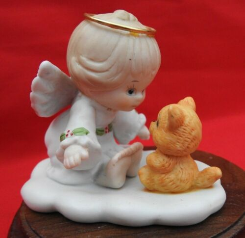 Enesco Ruth Morehead Holly Babes 1991 Angel Sitting with Kitten Cat Figurine