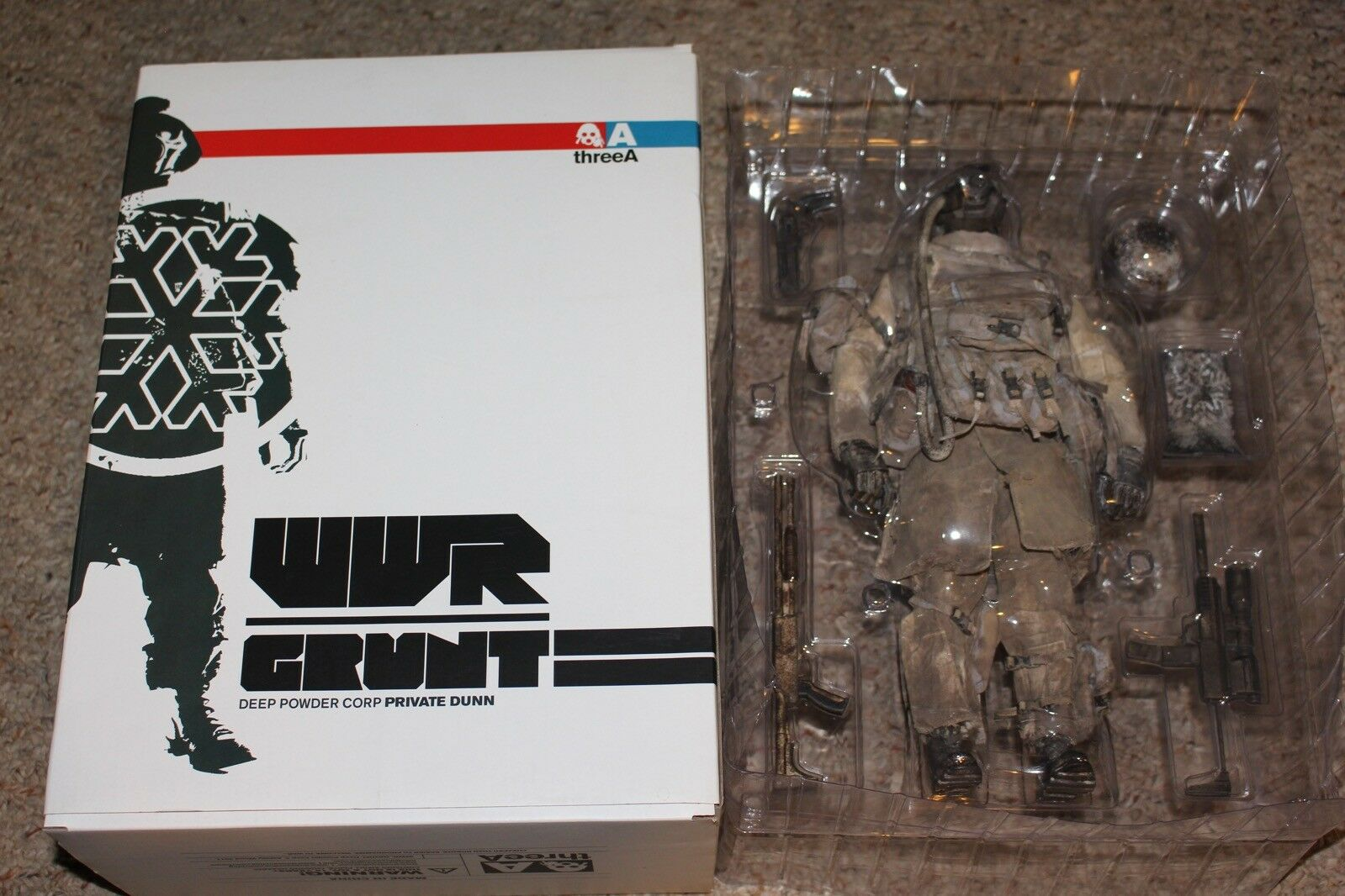 3A ThreeA Wwr Grunt Deep Powder Corp Private Dunn Figure Complete in Box  33 1/6