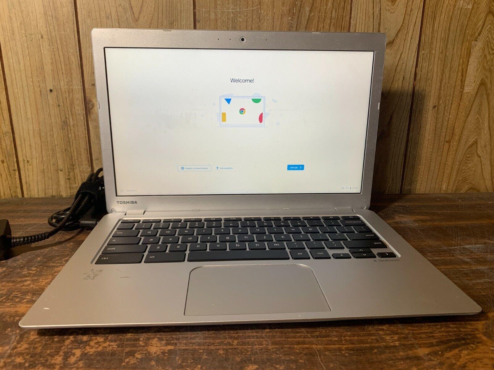 EJTONG New for Toshiba Chromebook C30-A C30-B CB35-B3330 CB35-B3340 C30-B3122 Palmrest US Keyboard