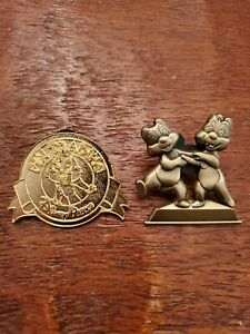 Disney-Trading-Pins-Passholder-only-and-Limited-Release-Chip-and-Dale-Lot-of-2