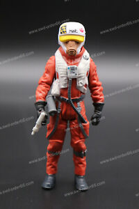 Ello-Asty-X-Wing-Pilot-Star-Wars-The-Force-Awakens-Collection-2015