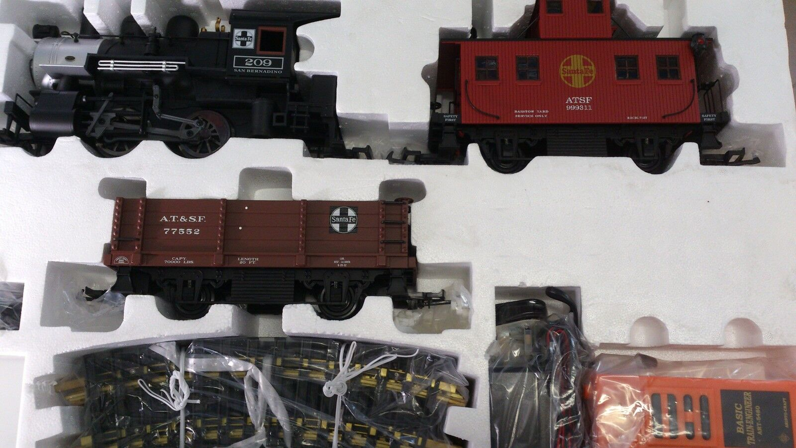 Aristocraft 28009 Steam Sante Fe Set With Radio Control G Scale