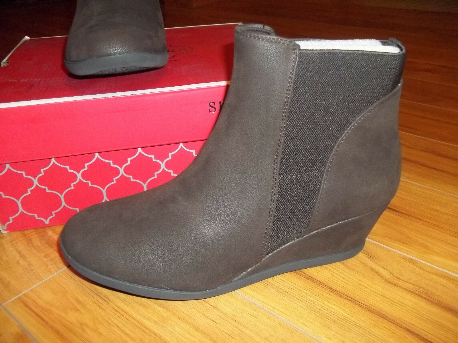 Womens SKECHERS NOBEL Chocolate Brown Wedge Ankle Boot size 10