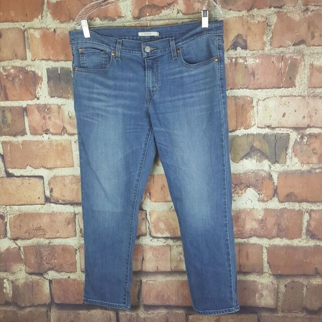 Levi's Boyfriend Jeans Size 30 Cropped Capri