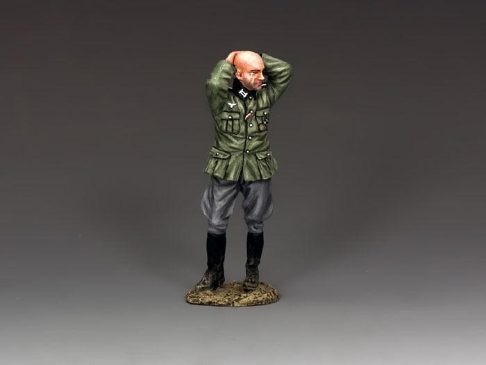 King & Country WS251 German Officer Prisoner Model
