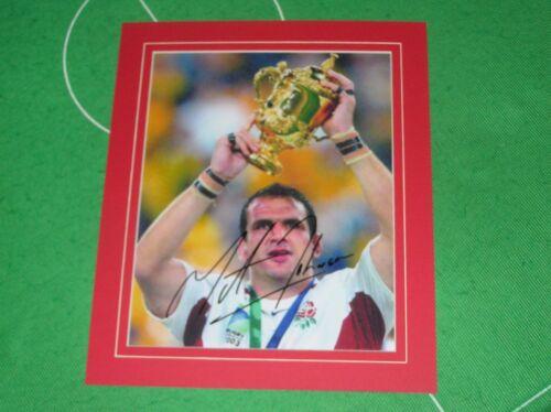 Angleterre Martin Johnson Signé & Monté 2003 Rugby World Cup Trophée Photo