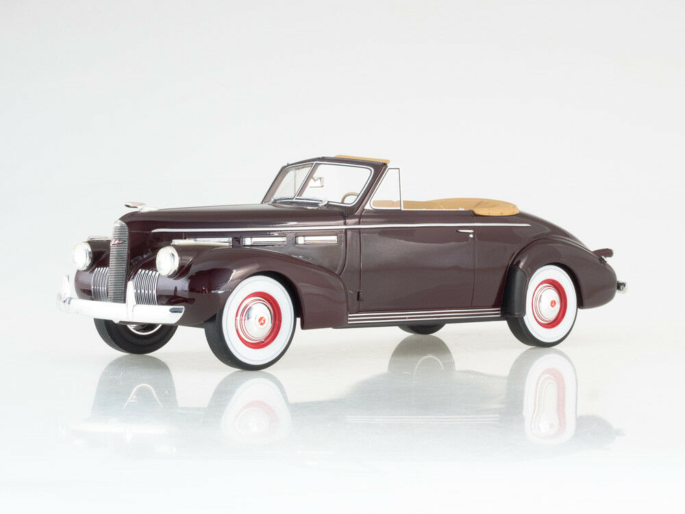 Scale model 1:18 LaSalle series 50 Convertible Coupe, dark red