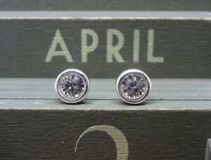 Silver-Birthstone-Ear-Studs-April-Clear-Made-with-Swarovski-Crystals-Sterling