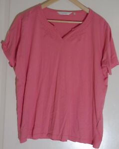 Edinburgh-Woollen-Mill-Pink-T-Shirt-with-Embroidered-Floral-Size-UK-22-24