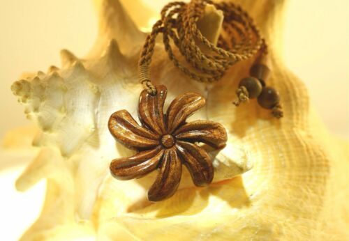 "40mm Genuine Carved Hawaiian Acacia Koa Wood Kiele Tiare Flower Necklace 26/"" Adj"